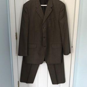 Jones New York Men's Suit